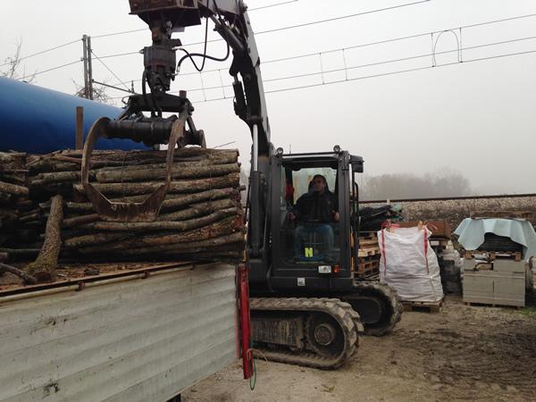 Preparazione legna da ardere